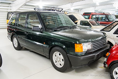 Range-Rover 4.0 SE 'First of Line' - 1994 (Perico001) Tags: m720dpv 1994 v8 40se p38a 4x4 4wd awd allrad allwheeldrive allterrain offroad suv crossover landrover solihull engeland england uk unitedkingdom greatbritain grootbrittannië auto automobil automobile automobiles car voiture vehicle véhicule wagen pkw automotive nikon df 2018 ausstellung exhibition exposition expo verkehrausstellung carshow musée museum automuseum trafficmuseum verkehrsmuseum muséeautomobile museo autoshow britishmotormuseum gaydon warvick angleterre oldtimer classic klassiker firstofline