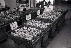 Mercury Plazas Fruits (Haruhara_Izzy) Tags: rollei 35 35mm film hp5 ilford canoscan 9000f