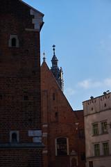 Krakow (Michal Zawolek) Tags: krakow kraków krakau cracow historical historic landmark poland polen polska building buildings architecture architectural medieval