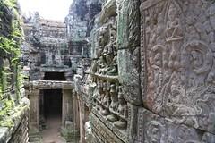 Angkor_Bayon_2014_15