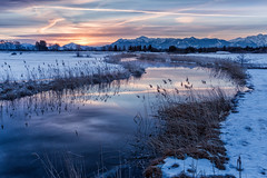 Cold winter morning (cygossphotography) Tags: fluss river rivière uffing uffingamstaffelsee bayern bavaria bavière deutschland germany allemagne landschaft landscape paysage wasser water eau sonnenaufgang sunrise dawn aube leverdusoleil dämmerung twilight blauestunde bluehour heurebleue natur nature alpen alpes alps winter hiver canon eos 6d spiegelung reflection reflet