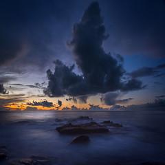 (Faouic) Tags: france bretagne morbihan ploemeur nuage coucherdesoleil