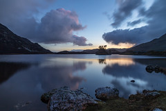 Llynnau Cregennen (gmorriswk) Tags: dolgellau wales unitedkingdom gb cregennen llyn lake long exposure sunrise reflection reflections rock rocks trees mountain hill hills mountains snowdonia national park clouds formatt hitech firecrest