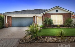 36 Staton Crescent, Melton West VIC