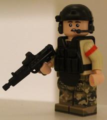 L-85 Bullpup (mod) (WiΙl) Tags: brickarms lego gun mod l85 figure legofigure toy