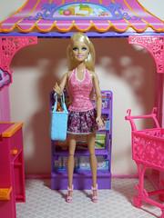 Abigail (BackToTheChildhood80) Tags: barbie doll mattel dreamhouse susy blond red malibu market set