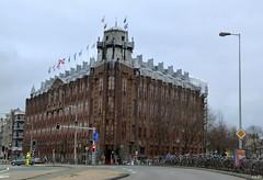 Scheepvaarthuis (TIMRAAB227) Tags: scheepvaarthuis amsterdam amsterdamschool waalseiland