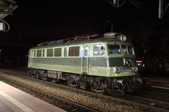 PKP IC EP07-174 , Wrocław Główny train station 29.11.2018 (szogun000) Tags: wrocław poland polska railroad railway rail pkp station wrocławgłówny engine locomotive lokomotywa локомотив lokomotive locomotiva locomotora electric elektrowóz ep07 ep07174 pkpic pkpintercity d29132 d29271 d29273 d29276 d29285 d29763 e30 e59 night nightshot dolnośląskie dolnyśląsk lowersilesia canon canoneos550d canonefs18135mmf3556is
