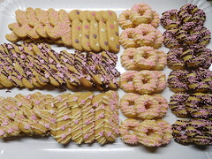Vassoio della Festa (dolciefantasia) Tags: biscotti cake cakedesign cakepops compleanno cupcake decorazione dolci dolciefantasia fantasia festa minicake pastadizucchero torta ciambelline
