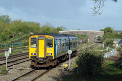 Magor 74704 (kgvuk) Tags: magor railway southwalesmainline train diesel multiple unit dmu class1502 150231 arrivatrainswales