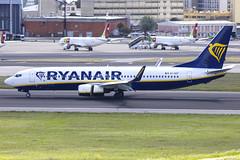 EI-GDT | Ryanair | Boeing B737-8AS(WL) | CN 44815 | Built 2018 | LIS/LPPT 01/05/2018 (Mick Planespotter) Tags: aircraft airport 2018 portela portugal lisbon nik sharpenerpro3 humberto delgado humbertodelgado eigdt ryanair boeing b7378aswl 44815 lis lppt 01052018