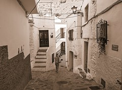 la casa pequena en Archez (Stil Licht) Tags: archez axarquia espagna sierraalmijara sierratejeda spain spanje streetphotography streetview