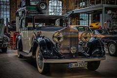 a wonderful old classic Rollce Royce in a workshop (Peters HDR hobby pictures) Tags: petershdrstudio hdr classiccar car classicremise rollceroyce auto klassiker oldtimer fahrzeug workshop werkstatt