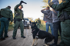 U.S. Border Patrol arrests aliens illegally entering the United States (CBP Photography) Tags: cbp uscustomsandborderprotection agent arrest borderpatrol illegalalien lawenforcement mcallen ozzytrevino riograndevalley texas usbp cbpsecureline2018