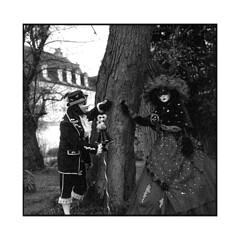 venetian 3 • sennecey, burgundy • 2017 (lem's) Tags: venetian venitien carnival carnaval masks masques park parc castle chateau couple trees arbres sennecey bourgogne burgundy mamiya c220
