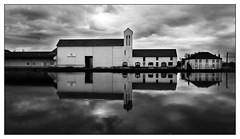 Port de Plaisance, Pouilly en Auxois (Wilco1954) Tags: burgundy mono france pouillyenauxois portdeplaisance bourgogne cotedor
