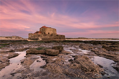 Fort Ambleteuse! (karindebruin) Tags: france frankrijk opaalkustcoteopale beach sand sea strand zand zee ambleteuse fortambleteuse rocks stenen
