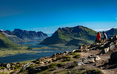 View from summit of Hoven (368 moh), Gimsøy, Lofoten, Norge (North Face) Tags: nordland norwegen no norway norge summit hoven lofoten islands nature panorama mountains water sea view summer outdoor sony a7 iii a7m3
