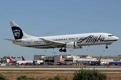 N767AS | Boeing 737-490 | Alaska Airlines (cv880m) Tags: lax losangeles klax california aviation airliner airline aircraft airplane jetliner airport n767as boeing 737 734 737300 737490 alaska alaskaairlines eskimo