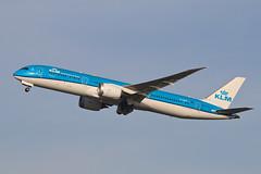 Boeing 787-9 Dreamliner PH-BHD KLM (Jarco Hage) Tags: schiphol amsterdam ams eham byjarcohage aviation airplane vliegtuig aircraft vliegtuigen nederland netherlands airport boeing 7879 dreamliner phbhd klm