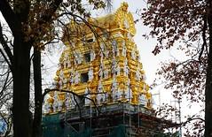 Sri Ganesha Hindu Temple in Berlin - श्री गणेश हिन्दू मन्दिर बर्लिन, जर्मनी (cammino5) Tags: hindu tempel sriganeshahindutemple berlin hasenheide november 2018 deutschland