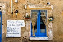 Marzamemi (fede_gen88) Tags: sicilia sicily italia italy nikond7200 nikon marzamemi blue blu window