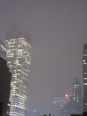 IMG_5085 (Brechtbug) Tags: 2018 november evening blizzard snow storm hells kitchen clinton near times square broadway nyc 11152018 new york city midtown manhattan snowing storms snowstorm winter weather building fog like foggy hell s nemo southern view ny1snow