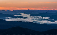 Valley Fog In The Great Smoky Mountains (lestaylorphoto) Tags: america usa tennessee greatsmokymountains smokymountains nationalpark travel nature fog layer valley morning nikon z7 leslietaylor lestaylor lestaylorphoto