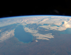 Lake Michigan in the Morning, variant (sjrankin) Tags: 16january2019 edited iss iss058 iss058e2191 earthslimb clouds greatlakes northamerica canada unitedstates lakemichigan michigan illinois indiana snow
