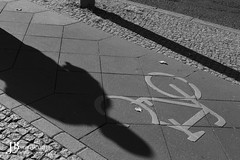 Bike vs shadow (Meine-Sichtweise) Tags: berlin fuji streetfotographie streetphotography workshop india street photography ig bnw photooftheday mumbai photo travel photographers streetstyle travelphotography canon of streetphotographyindia bw indianphotography art instagood photographer nature city blackandwhite fashion picoftheday people indiapictures soi bhfyp coi love urban streetsofindia yourshot moodygrams clicks streetlife storiesofindia beautiful architecture instagram streets i life mypixeldiary diaries incredibleindia indianphotographers vision wanderlust vsco nikon portrait travelblogger travelgram pic indian world natgeo
