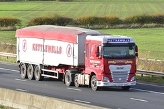 R25 KET (panmanstan) Tags: daf xf wagon truck lorry commercial bulk freight transport haulage vehicle m62 motorway sandholme yorkshire