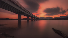 Deteniendo el tiempo (jetepe72) Tags: anochecer valmayor puente agua largaexposicion longexplosure paisaje nubes madrid el escorial