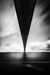 Pont de Normandie (Guillaume Chanson) Tags: france normandie calvados honfleur port ciel sky mer sea poselongue exposition longexposure canon canoneos5dmarkiii extérieur nuage eau baie pontdenormandie nb bw