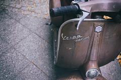 """""""Vespa Sprint"""" (Eric Flexyourhead) Tags: mitte berlin germany deutschland federalrepublicofgermany bundesrepublikdeutschland city urban detail fragment scooter italian vespa old vintage retro weathered worn patina shallowdepthoffield sonyalphaa7 zeisssonnartfe35mmf28za zeiss 35mmf28"""