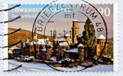 great stamp Germany 90c Löwenburg Kassel in Winterlandschaft  (Lions Castle in winter landscape; hiver, tél, ウインター, el invierno, 겨울, inverno, 冬, vinter, зима́, zima, talvi, ziema) timbres Allemagne sellos Alemanha selos Alemania francobolli Germany postze (stampolina, thx for sending stamps! :)) Tags: germany deutschland allemagne alemanha postage stamps postetimbres sellos selos briefmarken porto franco francobolli timbres postzegel postes antspaudai frimerker znaczki znamk pulları markas mail timbru postapulu pulu timbresposte alemania γραμματόσημα γερμανία tyskland markica njemačka pullari almanya スタンプ ドイツの ヨーロッパ postzegels duitsland löwenburg kassel burg castle winter hiver tél ウインター elinvierno 겨울 inverno 冬 vinter зима́ zima talvi ziema castillo construction bauwerke