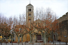 Autumn is a state of mind (angelsgermain) Tags: autumn fall tardor automne trees colours square benches church monastery middleages architecture romanesque belltower arches façade canònicadesantamariadevilabertran 11thcentury vilabertran altempordà catalonia catalunya