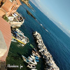 #marechiaro #napoli #naples #posillipo #view #sea #sun #fmelillo #blue #like #likeforlikes #like4likes #like4me #trip #travelblogger #travel #travelgram #relax #relaxing #relaxtime #igers #ig #instalovers #instalike #instagood #instagram #ig_naples #ig_na (Francesco Melillo) Tags: instagramapp square squareformat iphoneography uploaded:by=instagram