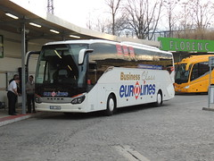 DSCN2415 Gumdrop bus, Vestec 3SP 1241 (Skillsbus) Tags: buses coaches czechrepublic gumdrop setra s516hd eurolines