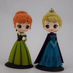 Coronation Anna and Elsa Q Posket Vinyl Figures by Banpresto - Deboxed - Full Front View (drj1828) Tags: qposket disneycharacters banpresto purchase frozen coronation 55inch 140mm 2018 queen elsa vinyl princess anna