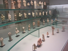 Little Musician Figures : various origins  CaixaForum, Madrid, June 2018 (d.kevan) Tags: exhibitions caixaforum ancientinstruments displaycabinets june2018 madrid spain exhibits littlefigures musicians terracotta shelves
