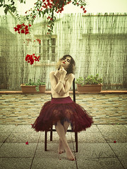 Red flowers (Saurí) Tags: red colour girl gotic model nude art fineart