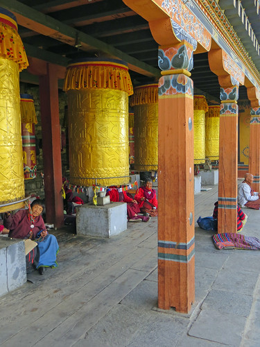 06 02 Bhutan - Thimpu - Memorial Chorten 002