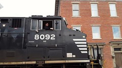 Driving the big horse through Sunbury Pennsylvania (Louise Belcher) Tags: norfolksouthern locomotive sunbury pennsylvania