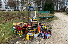 HAPPY NEW YEAR 2019! (austrianpsycho) Tags: 01012019 1jänner 112019 abfall austria chaos dreck feuerwehr feuerwerk kleinmünchen linz müll neujahr neujahrstag oberösterreich schmutz silvester upperaustria fireworks garbage spuren waste österreich at