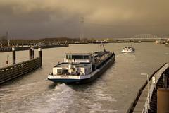 Kanaal door Zuid Beveland (Omroep Zeeland) Tags: kanaal door zuid beveland vlakebrug kruiningen hansweert binnenvaart binnenvaartschip hagelbui wolkenlucht