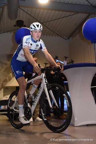 Van Moer Logistics Cycling Team (208)
