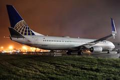 N68807 United 737-924ER SW at KCLE (GeorgeM757) Tags: n68807 united 737924ersw kcle georgem757 nightairplane clevelandhopkins nikon boeing