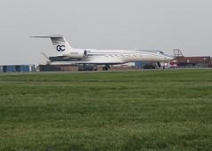 N365GC parked. (aitch tee) Tags: aircraftspotting cardiffairport bizjet visitors aircraft usreg parkedongolf n365gc twinengine ttail cwlegff gulfstream g550 maesawyrcaerdydd walesuk