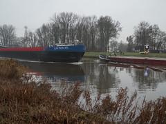 Van Starkenborghkanaal (Jeroen Hillenga) Tags: vanstarkenborghkanaal ships schepen scheepvaart binnenvaart groningen kanaal canal netherlands nederland