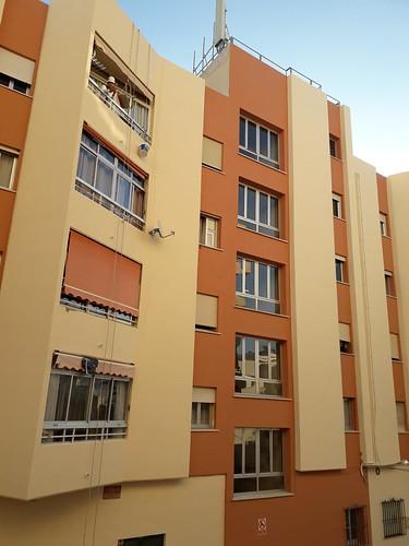 Rehabilitación y Pintura exterior del Edf. Caracas (Marbella).   Garantía de 10 años en pintura y en aplicación por el fabricante Jotun Pinturas  Financiación de los trabajos hasta en 10 años.  0% de interés hasta 24 meses.